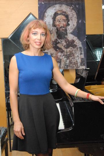 Ein Foto von der Pianistin Jelena Radiocic